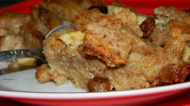 raisin-and-apple-bread-pudding