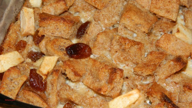 raisins-and-apple-bread-pudding-1