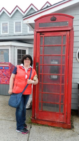 red-phone-booth