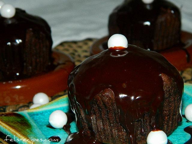 vegan-coffee-dark-chocolate-muffins